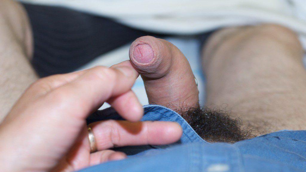 Upward Curved penis